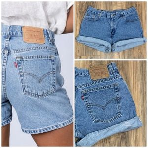 Vintage Levi's 555 Guy's Fit Denim Shorts Size 30